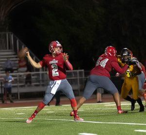 High-School-Football-Photos-throw
