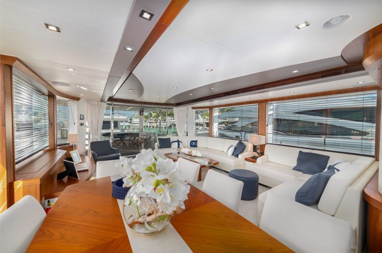 Miami-Yacht-Photo-Living-Space