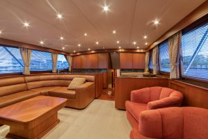 Merritt Sport Fishing Boat Interior salon 2