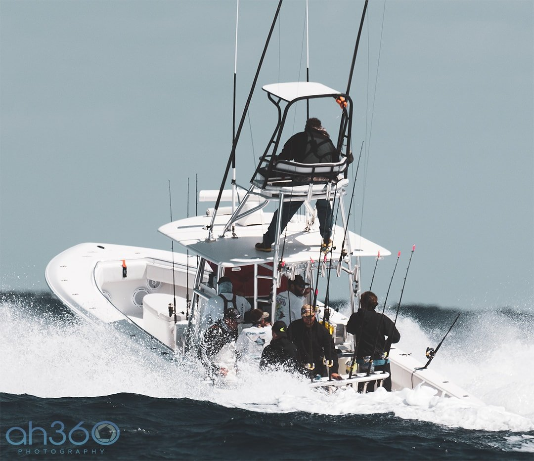 CENTER CONSOLE FISHING BOATS FOR SALE