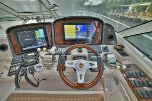 Sea-Ray-Charter-Yacht-In-Palm-Beach-Florida