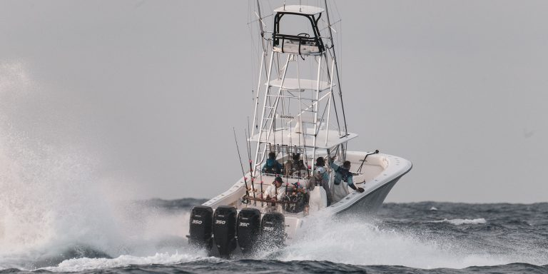 Seavee Center Console Boat In Fishing Tournament