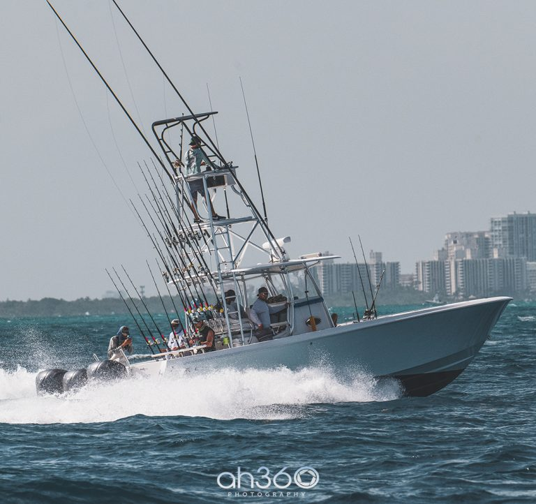 Contender Fishing Boat In Fishing tournament