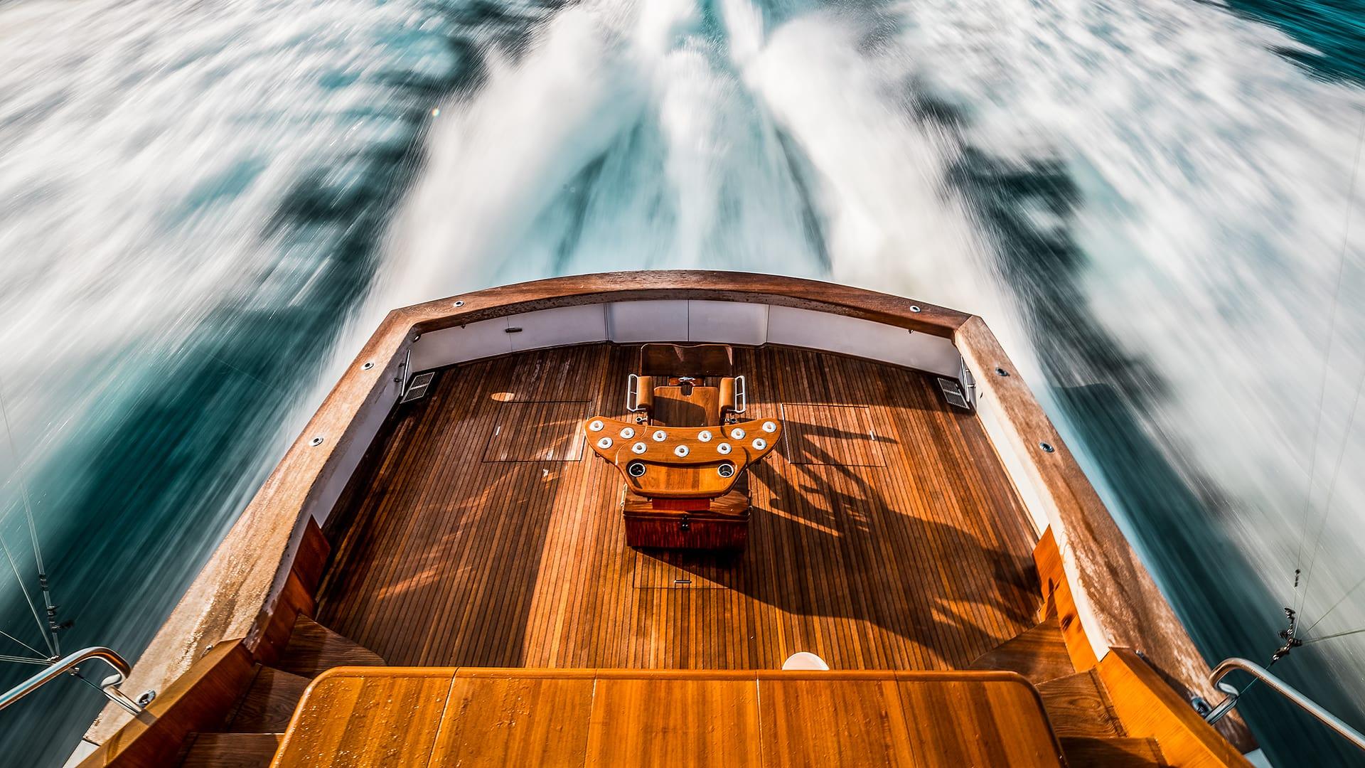 Uno Mas Sportfishing Boat