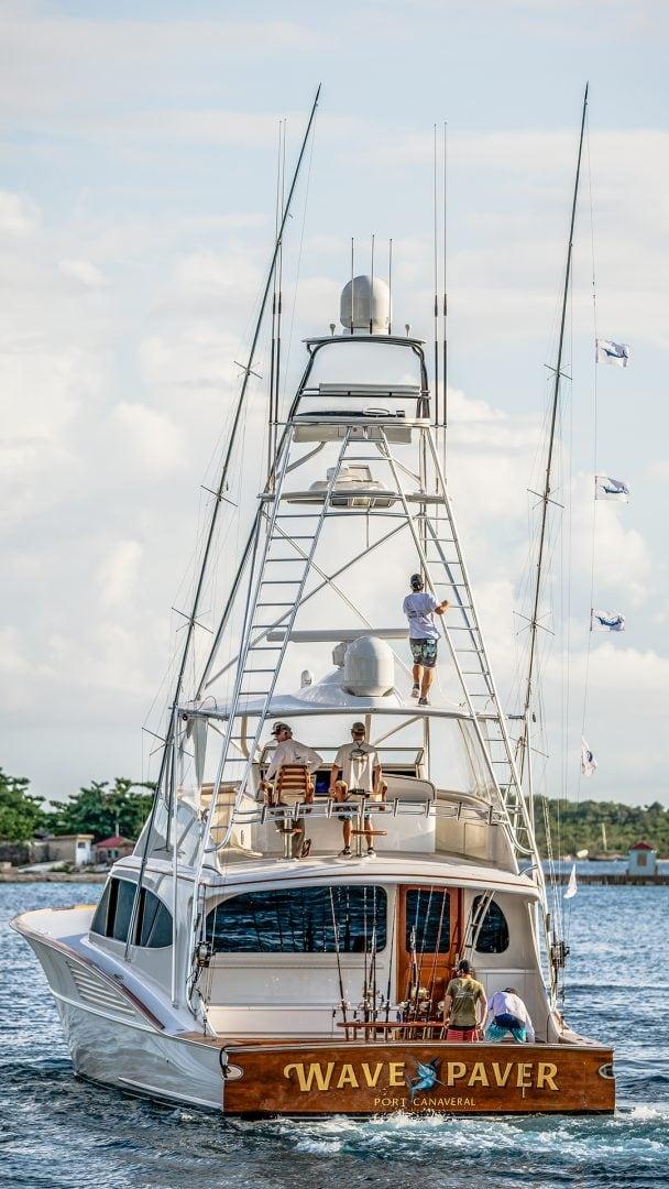 Bayliss Wave Paver Fishing Wallpaper
