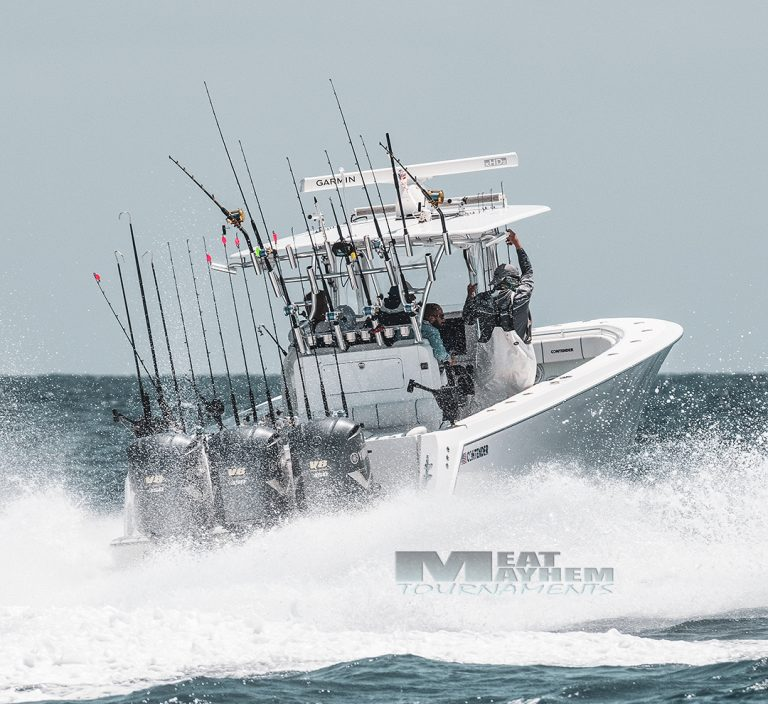 Contender Center Console Fishing Boat