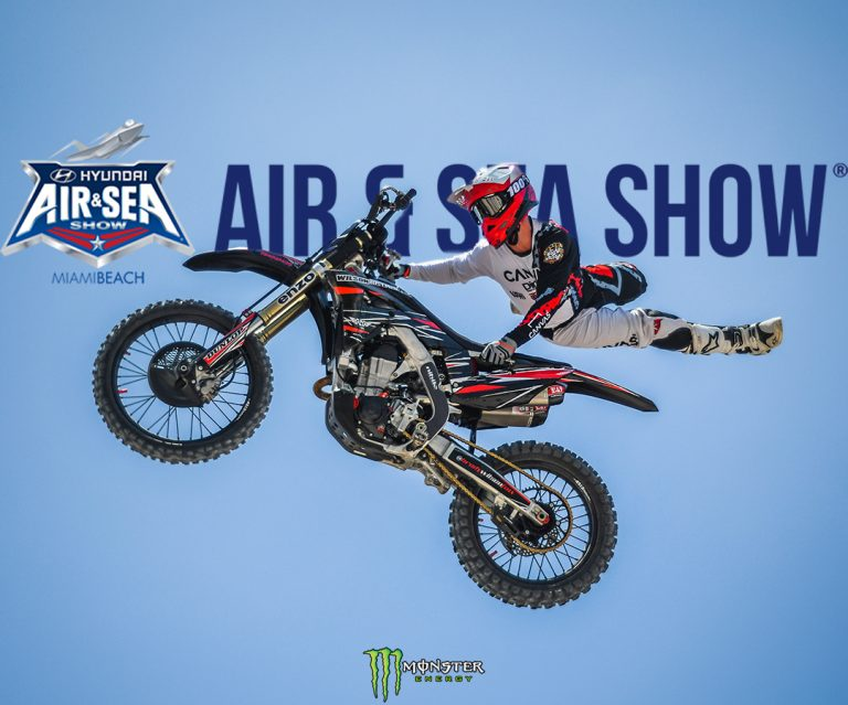 Monster energy drink dirtbike show
